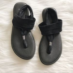 SANUK Black Yoga Sling Sandals SZ 9